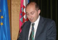 "Invitation to a lecture of Mr. Paolo Berizzi: ""Implementing Human Rights Acquis: Why the Chapter 23 Proved Challenging in the Course of the Croatian EU Accession?"""